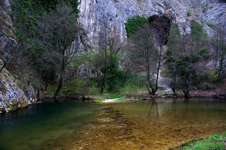 Karpaty Rumuńskie: Cheile Carașului)– Góry Semenic / Aninei
