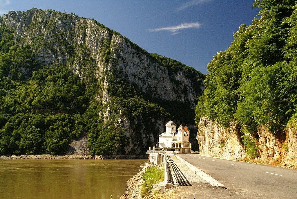 Karpaty Rumuńskie: Monastyr Mraconia – Góry Almajului