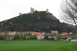 Castle_staatz_01