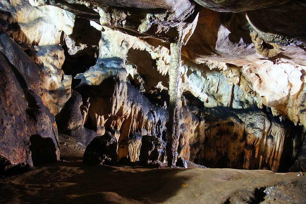 Karpaty Rumuńskie: Peștera Vadu Crișului – Góry Padurea Craiului
