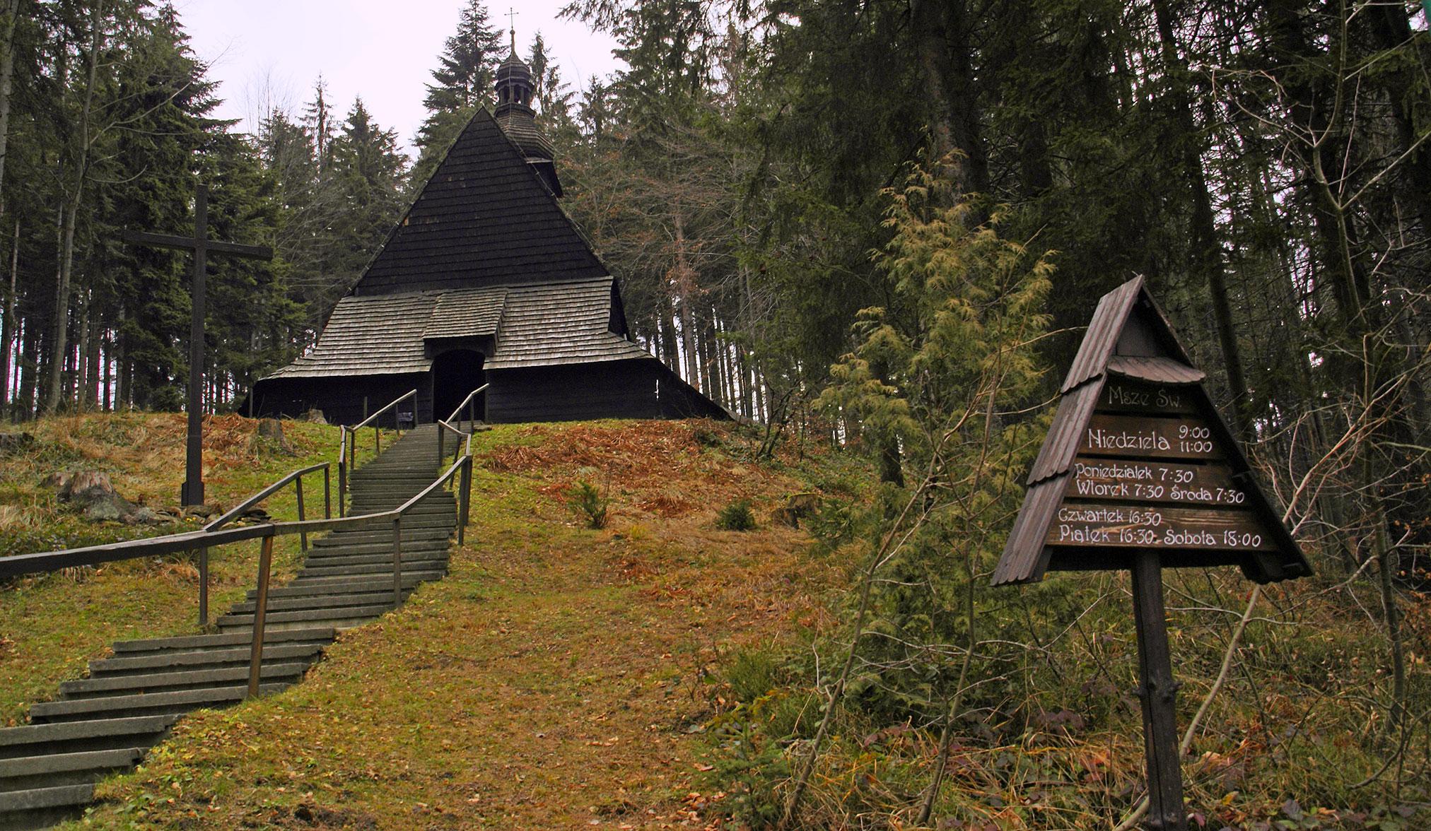 Drewniany kościółek w Kubalonce