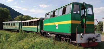 Karpacki tramwaj – stara wąskotorówka gospodarstwa leśnego wozi turystów